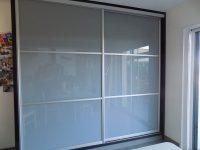 façade de placards verre laqué et profil alu